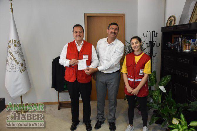 turk-kizilay'ina-akhisar'da-ilk-destek-belediye-baskani-dutlulu'dan-(1).jpg