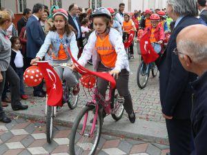 Akhisar Ülkü Okulundan Bisiklet Turnuvası