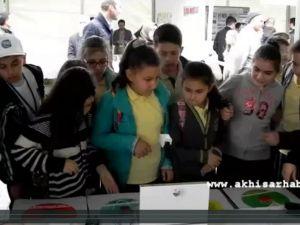 Gazi Ortaokulunun Çocuk Mucitleri Türkiye Birincisi Oldu