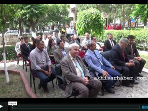 Akhisar Adnan Menderes Kız Anadolu İmam Hatip Lisesi Bilim Fuarı Açıldı