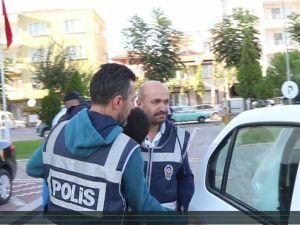 Firari gaspçı Akhisar'da yakalandı
