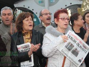 CHP Akhisar Kadın Kollarından Cumhuriyet Gazetesine destek!