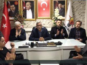 AK Parti Akhisar ilçe teşkilatından CHP'ye üslup tepkisi