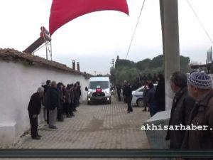 Akhisarlı şehidimiz polis memuru Ali Aksoy memleketinde son yolculuğuna uğurlandı