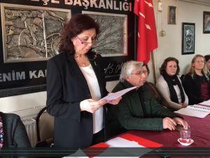 CHP Akhisar İlçe Teşkilatı Kadın Kolları Mecliste yaşanan gerginliği kınadı