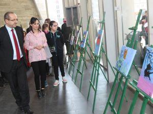 Sanat Atölyesindeki 16 kursiyerden 32 eser