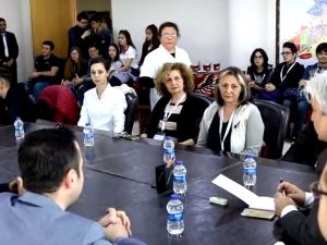 Akhisar Belediye Başkanı Salih Hızlı, 2 ülkeden 16 öğrenciyi konuk etti