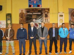 Satır Mustafa ve Taksi Zeki 2. Futsal Turnuvası açılış seremonisi yapıldı