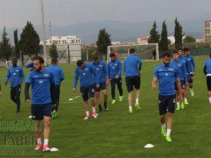 Akhisar Belediyespor'da, Bursaspor maçı hazırlıkları başladı, Okan Buruk'dan değerlendirmeler