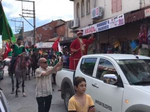 558  Çağlak Festivali Açılış töreni atlı birliklerin şehir turu
