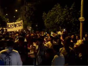 Beşiktaşlı Akhisarlılar sokağa döküldü