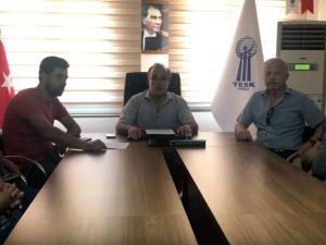 Akhisar esnaf odası başkanlarından ortak 15 Temmuz basın açıklaması