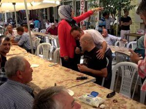 AK Parti Akhisar İlçe Teşkilatı 16.yılında şehitler adına lokma döktürdü