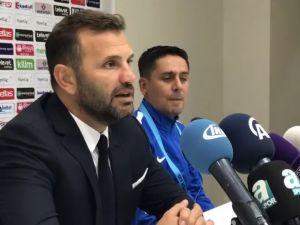 Fenerbahçe'yi 1-0 yenen TM Akhisarspor Teknik Direktörü Buruk maçı değerlendirdi