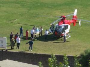 112 Acil Ambulans helikopteri, Akhisarlı bebeği acilen başka bir hastaneye sevk etti