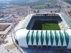 Spor Toto Akhisar Belediye Stadyumunda hibrit çim dikimi