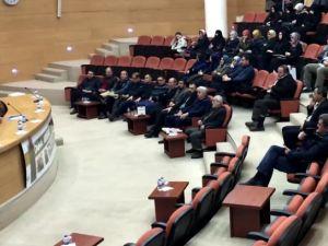 Akhisar'daki söyleşide Ortadoğu'da yaşan güncel olaylar değerlendirildi