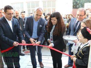 Akhisar'da 81 iliz hepimiz biriz sergisi açıldı