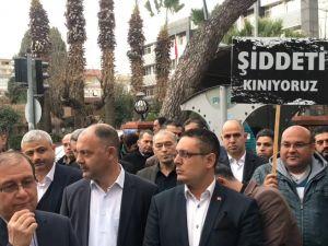 Eğitim Bir Sen Akhisar Okul Müdürü Ayhan Kökmen'in öldürülmesini protesto etti