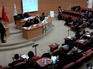 Akhisar Belediye Meclisinde oy çokluğu ile yeni stadyumunda 10 yıllık Akhisarspor'a kiralanması onaylandı