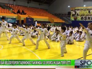 Akhisar Belediyespor Taekwondo takımında 120 sporcu kuşak terfi etti - Manisa Medya TV