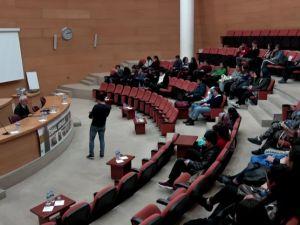 Akhisar Belediyesi Medeniyet Söyleşilerinin konuğu iktisatçı Prof. Dr. Mustafa Kemal Aydın oldu