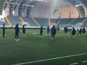 T.M. Akhisarspor ilk kez Spor Toto Akhisar Belediye Stadyumunda