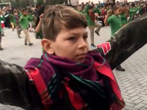 Akhisar Gazi Ortaokulu ve Ahmet Vehbi Bakırlıoğlu İlkokulundan Mehmetçik adına etkinlik
