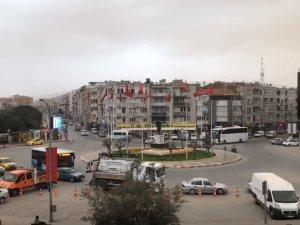 Akhisar'da semayı toz bulutları sardı