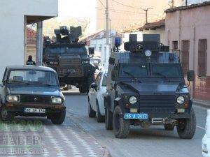 Akhisar Atatürk Mahallesinde operasyon var!