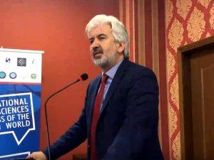 Akhisar Belediye Başkanı Salih Hızlı, Makedonya'da Vizyon Üniversitesini ziyaret etti