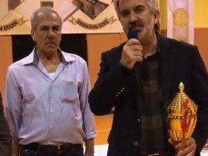 Hüseyin Çeçen ve Armağan Özeş Futsal turnuvasında şampiyon 1970 Akigo takımı oldu