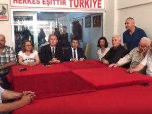 Avukat Osman Oktay, Akhisar MHP ilçe teşkilatında aday adaylığını açıkladı
