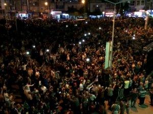 Akhisarspor taraftarı sevinç gösterileri