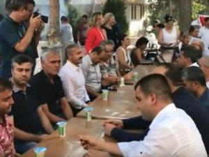 Akhisar Lokantacılar Odasından 30 Ağustos Zafer Bayramında huzufrevi sakinlerine köfte ziyafeti
