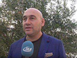 Akhisar Ticaret Borsası Başkanı Alper Alhat yeni zeytin sezonunu ve gündemi değerlendirdi