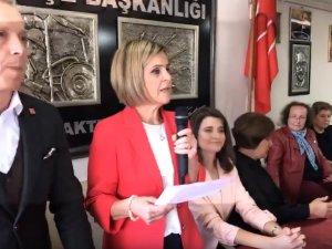 Aynur ÜNGÜN, CHP'den Akhisar Belediye Başkan Adaylığını açıkladı