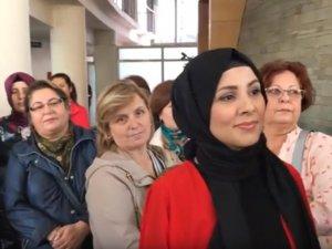 Akhisar Belediyesi Sanat Atölyesi yeni dönem çini sergisi açıldı