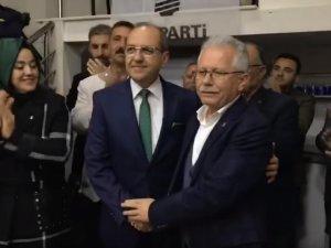 AK Parti Akhisar Belediye Başkan Aday adayı Ali Velestin açıklama yaptı