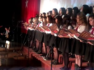 Akhisar'da İstiklal Marşının kabulünün yıl dönümü ve Mehmet Akif Ersoy'u anma programı
