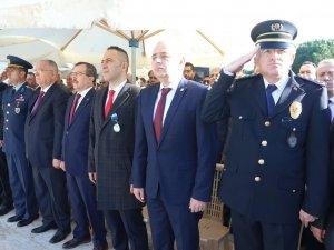 18 Mart Şehitleri Anma Günü ve Çanakkale Zaferinin 104 yılı çelenk sunma töreni