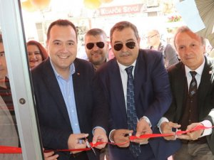 Battalbey çiğköfte yeni şubesi Şehit Murat Öztürk Caddesi 167 sokak üzerinde açıldı