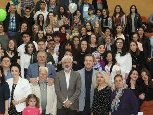 Akhisar Belediyesi Şeyh İsa Yazarlık Okulu ikinci dönemi sona erdi