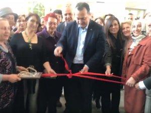 Akhisar Kadın Derneği, Kadın El İşi Sergisi açılış töreni