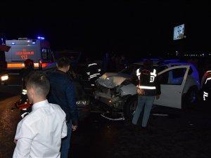 Akhisar'da feci kaza 1 ölü 5 yaralı