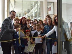 Akhisar Sanat Dostları Derneği ASDER, Hemdemin Sırrı isimli çini sergisi açılış töreni