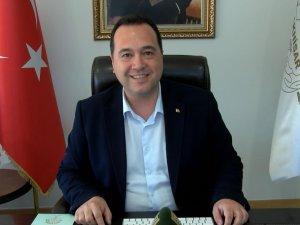 Akhisar Belediye Başkanı Besim Dutlulu, sosyal medya hesabından canlı yayın yaparak soruları cevapladı