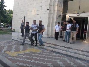 Akhisar'da gözaltına alınan 3 sınıf emniyet müdürü ve 1 kişi tutuklandı