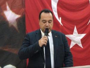Akhisar Belediye Başkanı Besim Dutlulu, Kurban Bayramı öncesi şehit ailesi ve yakınları ile buluştu