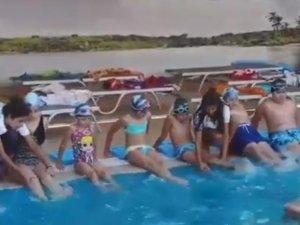 Akhisargücü spor kulübü yaz okulu yüzme kursu ağustos ayı 3 tur tamamlandı